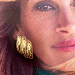 VTG Christian Dior Shell Clip-On Earrings